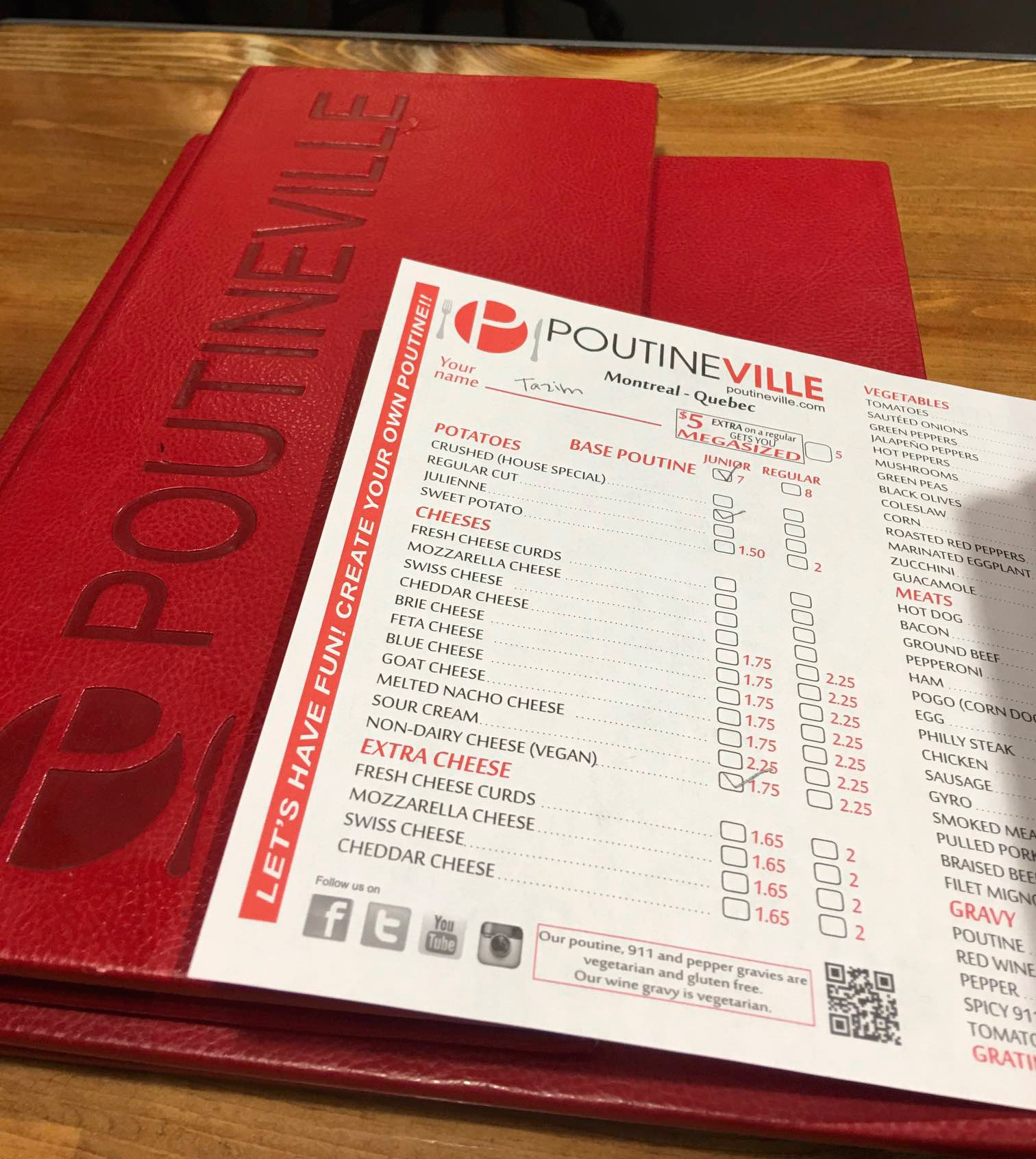 Poutineville, vegan food in Québec City